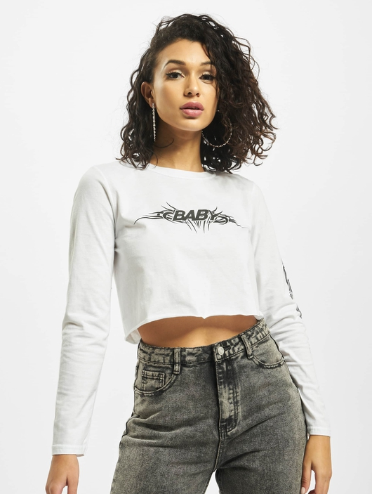 Missguided Baby Tribal Graphic Longsleeve Crop Top White image number 3