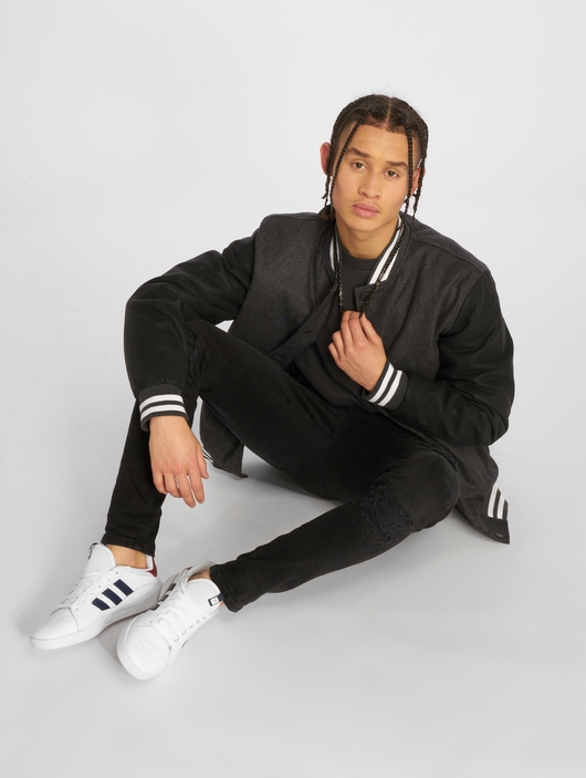 Urban Classics Oldschool 2.0 College Jacket Charcoal/Black/White image number 3