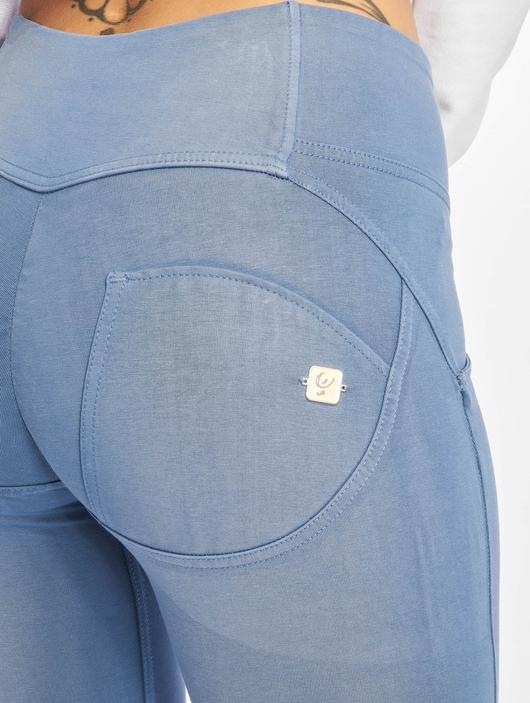 Freddy Medium Waist Skinny Jeans Colored image number 4