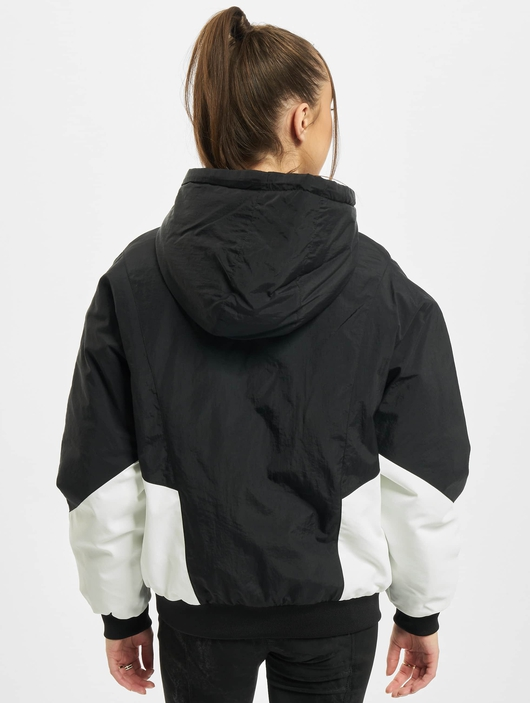 Urban Classics Ladies Padded 2-Tone Batwing  Lightweight Jackets image number 1