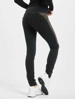 Freddy Medium Waist Skinny Jeans