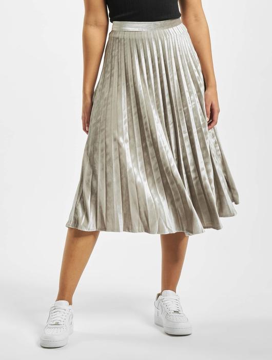 Missguided Tall Velvet Pleated Midi Skirt Silvern image number 2