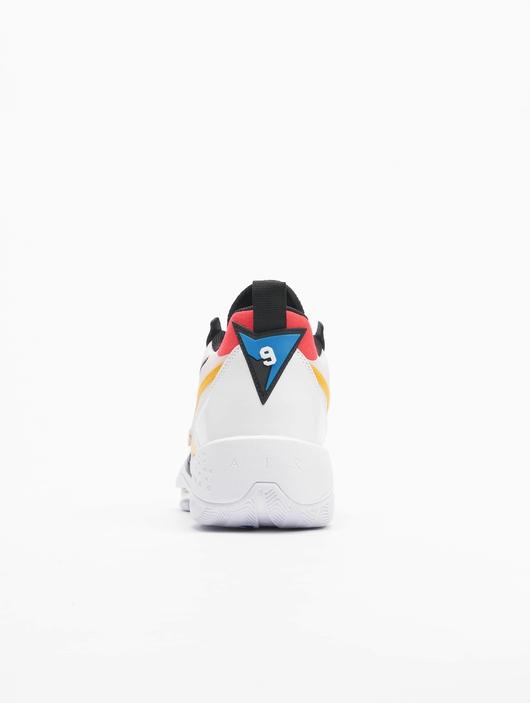 Jordan Zoom '92 Sneakers image number 4