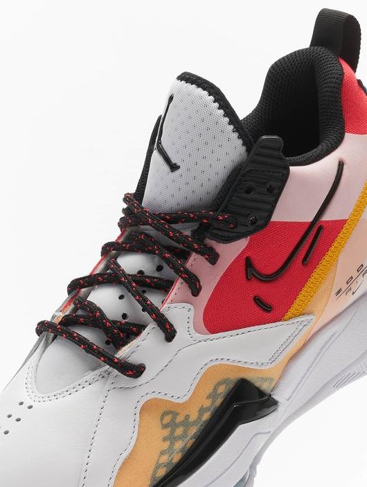 Jordan Zoom '92 Sneakers image number 7