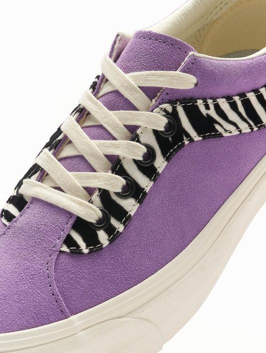 Vans UA Bold NI Zebra Sneakers image number 6
