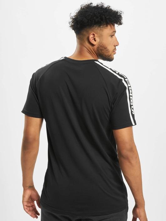 New Era NFL Oakland Raiders Raglan Shoulder Print  T-Shirts image number 1