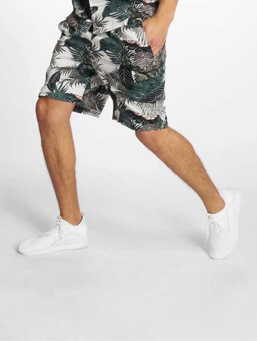 Urban Classics Pattern Resort Shorts Palm Leaves image number 0
