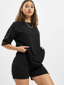 Missguided Petite Coord Tshirt & Cycling Shorts