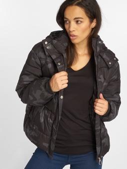 Urban Classics Boyfriend Camo Puffer Jacket