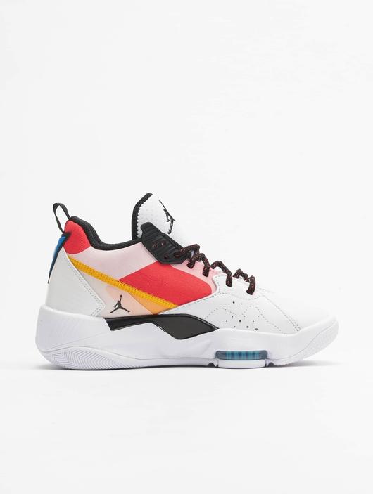 Jordan Zoom '92 Sneakers image number 2
