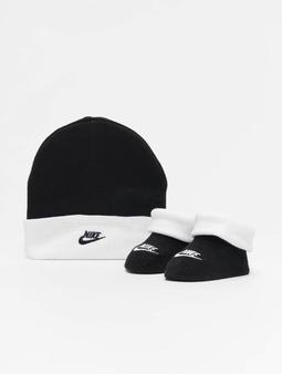 Nike Futura Hat & Bootie