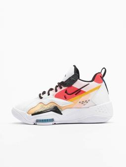 Nike Jordan Zoom '92 Sneakers White/Black/Siren Red/University