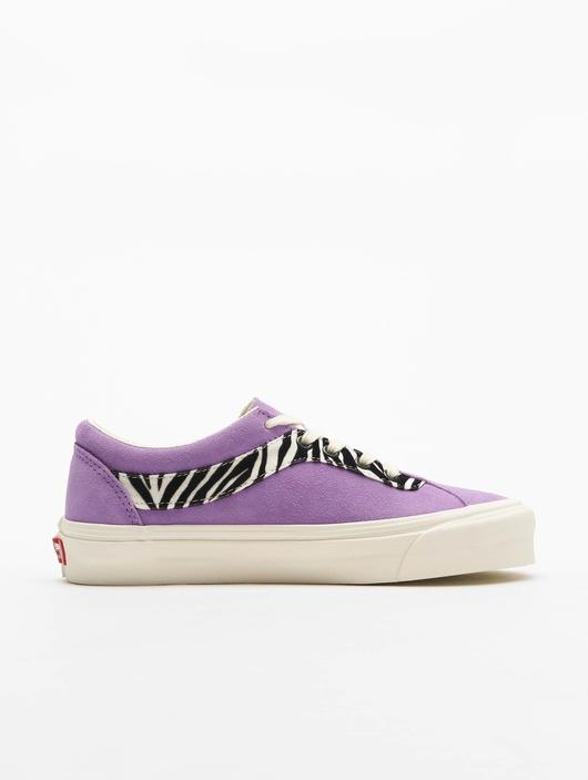 Vans UA Bold NI Zebra Sneakers image number 2