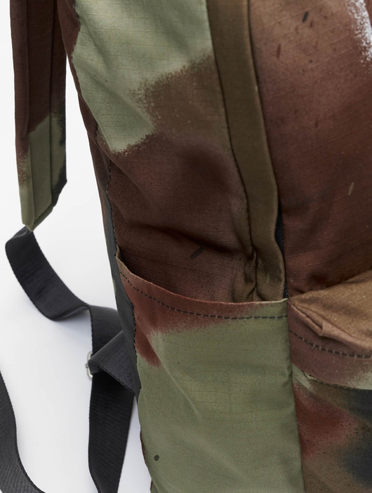 Off White Backpack Camo Brown image number 8