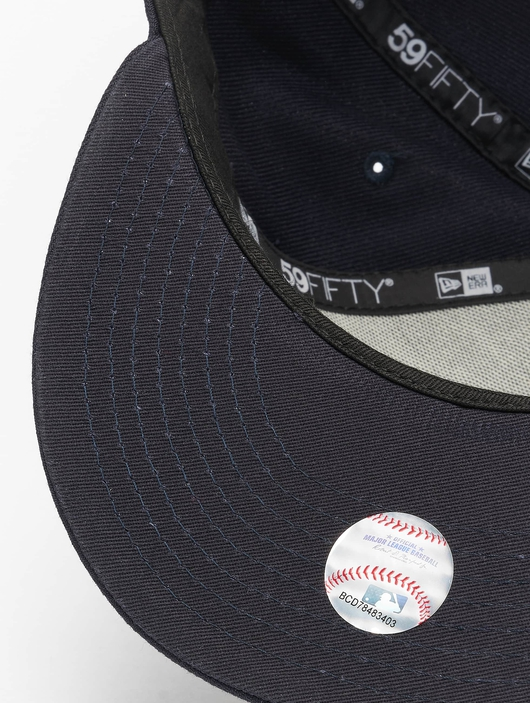 New Era MLB NY Yankees Essential 59Fifty Fitted Cap Navy image number 2