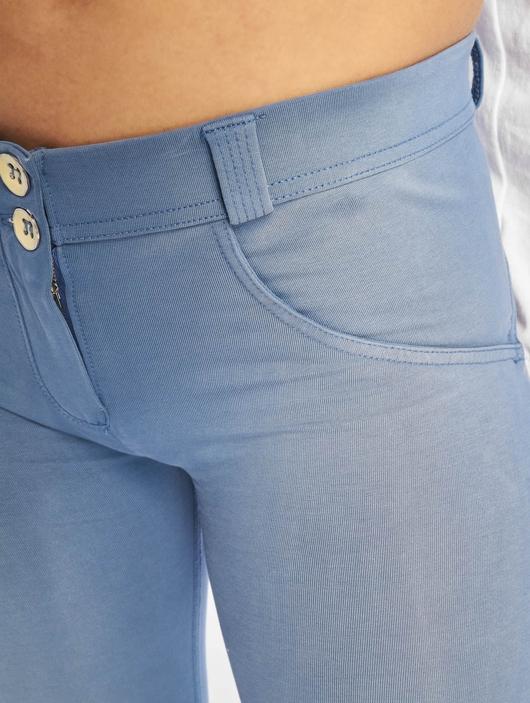 Freddy Regular Waist Super Skinny Jeans Colored image number 3