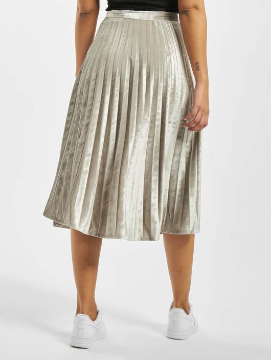 Missguided Tall Velvet Pleated Midi Skirt Silvern image number 1
